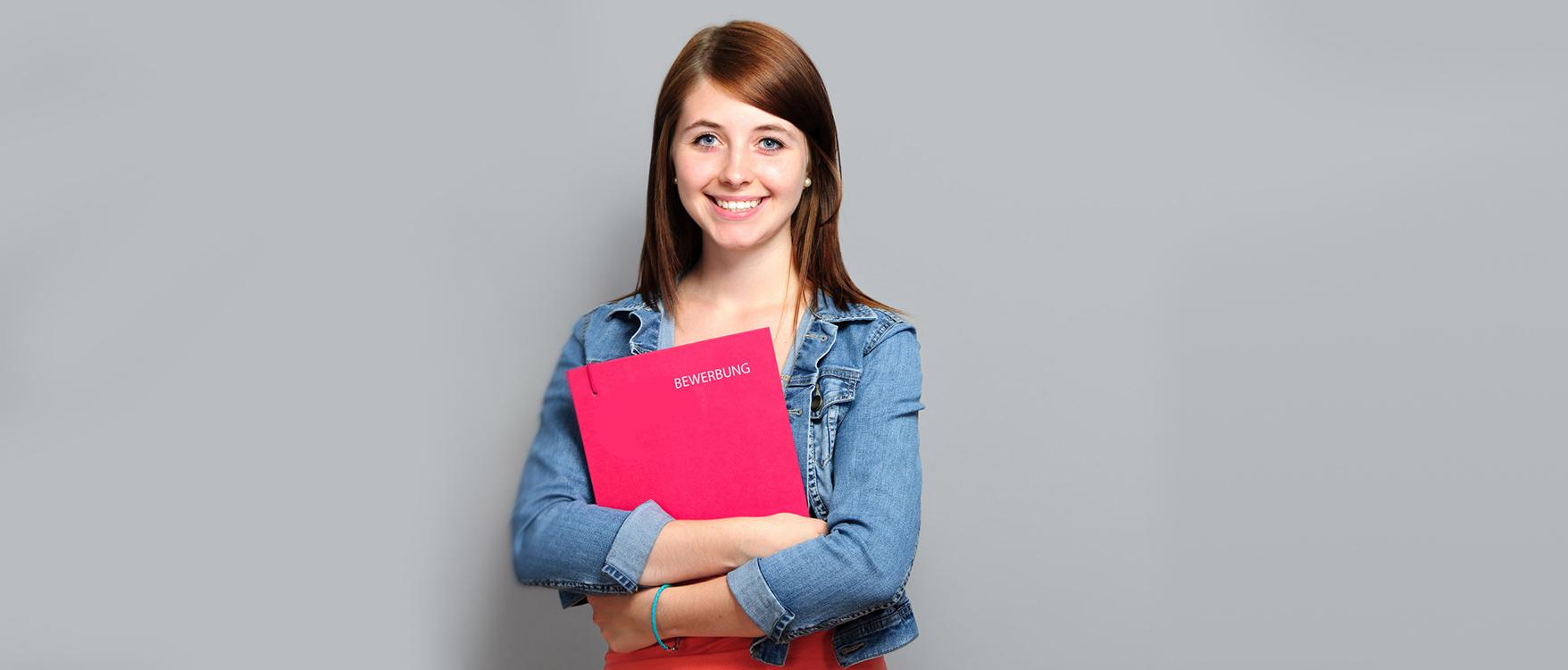 Foto einer Schülerin für den Hinweis auf Bewerbungstipps