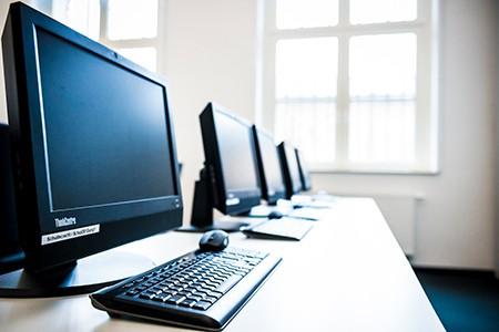 Technik als Spende für soziale Einrichtungen