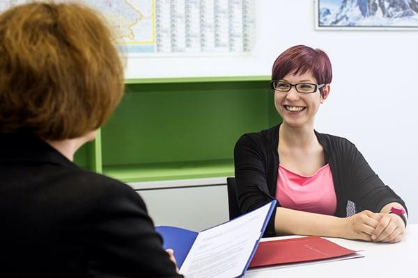 Darstellung eines Bewerbungsgespräches für die Bewerbungstipps