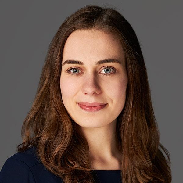 Luise Pohlmann, Personalmanagement